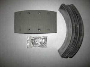 264142100173 - Накладка тормозной колодки  TVS